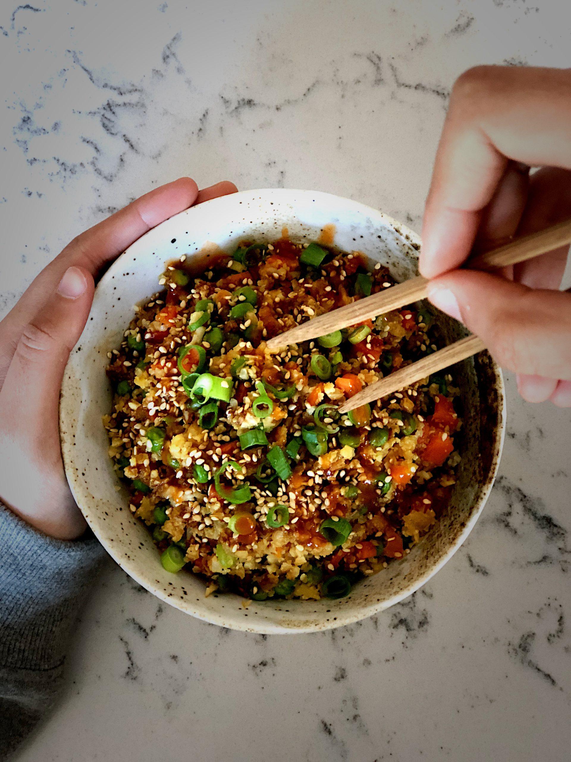 Coliflor estilo arroz frito
